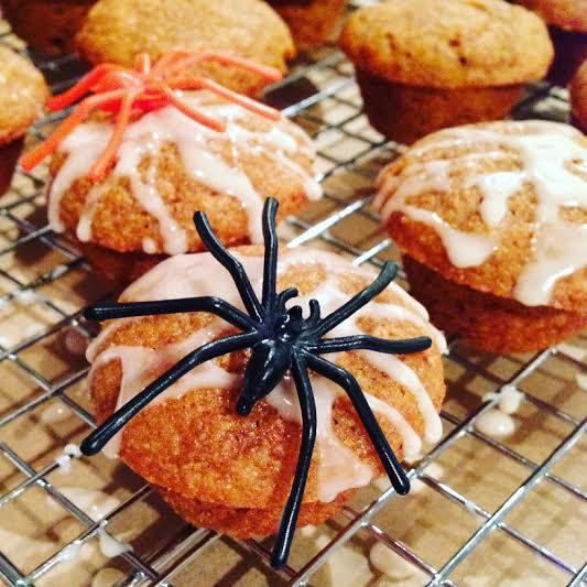 Halloween Whole-Wheat Pumpkin Muffin www.feedingaudrey.com