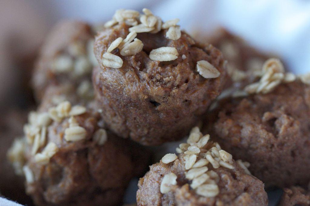 Recipe: Cinnamon Sweet Potato Muffins with Oatmeal Streusel